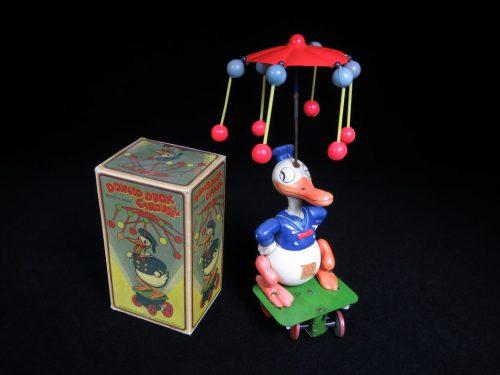 Vintage Antique Tin and Celluloid Donald Duck Walt Disney Carousel Wind-up Borgfeldt Japan