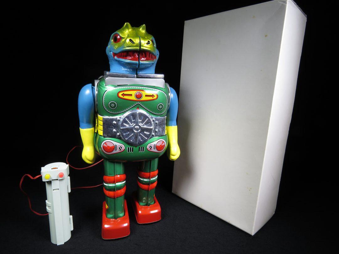 Antique Vintage Tin Lithograph Space Change Man Changeman Robot Battery Operated Toy Horikawa Japan Japanese
