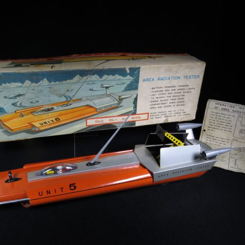 Antique Vintage Area Radiation Tester Unit 5 - Bandai – Japan Sears Exclusive Tin Lithograph Battery Operated Futuristic Space Vehicle Toy For Sale