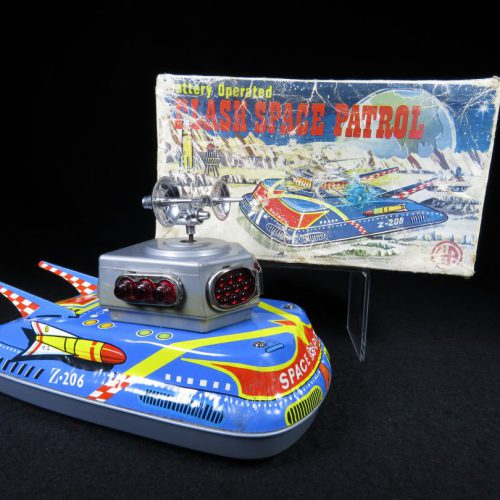 Antique Vintage Flash Space Patrol Z-206 - Ananiadis – Greece Tin Lithograph Battery Operated Futuristic Space Tank with Original Box For Sale