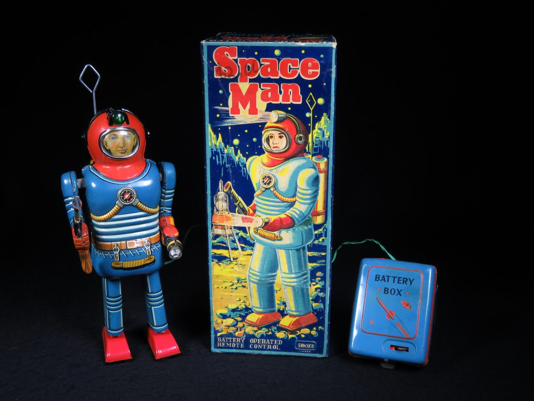 Antique Vintage Tin Lithograph Space Man Astronaut Robot Battery Operated Toy T.N Nomura Japan