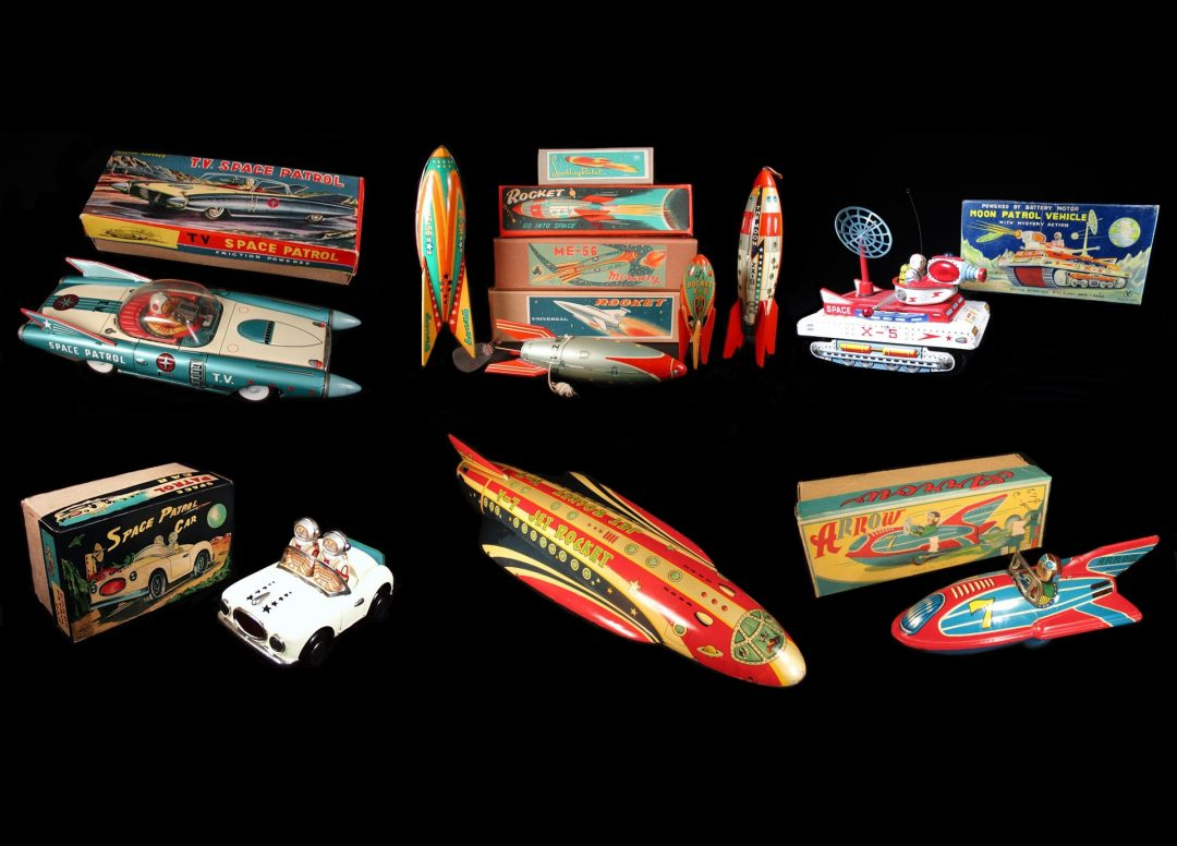 Vintage Antique Tin Lithograph Futuristic Space Vehicles Rocket Ship Rocketship UFO Flying Saucer Car Tank Robot Battery Operated Wind-up Toy Dealer For Sale