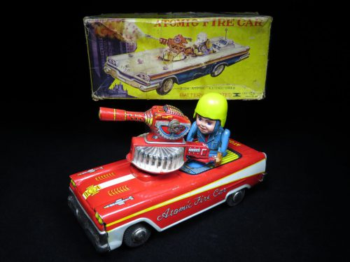 Antique / Vintage Atomic Fire Car - T.N Nomura – Japan Futuristic Tin Lithographed Battery Operated Space Vehicle Toy For Sale